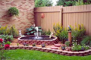 Small Fountain & Feature Pump